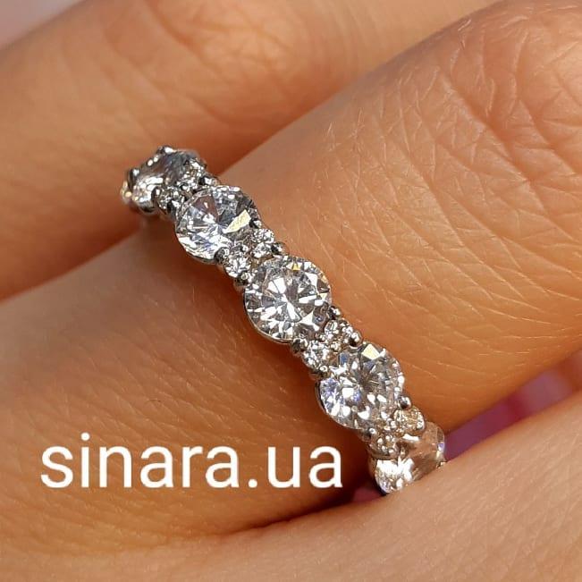 Серебряное кольцо с Тиффани с фианитами бриллиантовой огранки