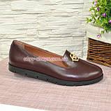 Женские кожаные туфли-мокасины на утолщенной черной подошве. Цвет бордовый, фото 2