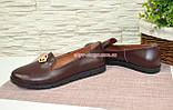 Женские кожаные туфли-мокасины на утолщенной черной подошве. Цвет бордовый, фото 3