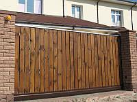 Откатные ворота с заполнением дерево