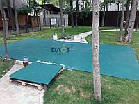 Резиновая плитка на дачном, садовом участке. 1000х1000 мм. Толщина 20 мм