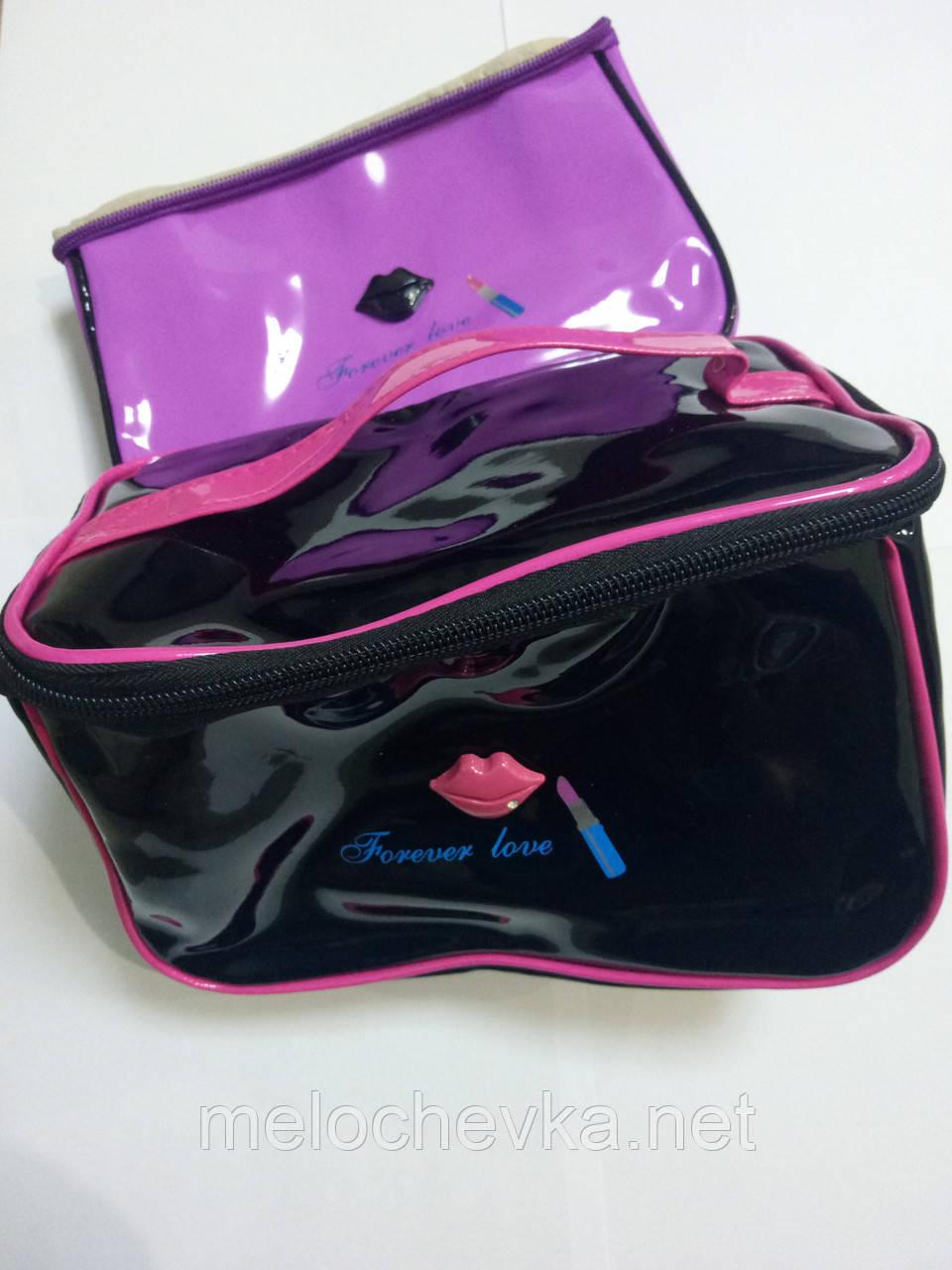 Косметичка чемодан женская