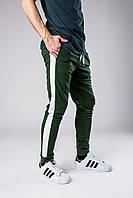 Спортивные штаны мужские весенне/осенние с белыми лампасами, цвет зеленый, фото 1