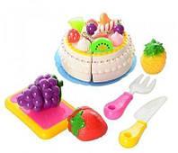 Продукты на липучке: торт, 3 фрукта, нож, вилка, досточка