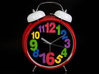 Яркие часы Разноцветные цифры