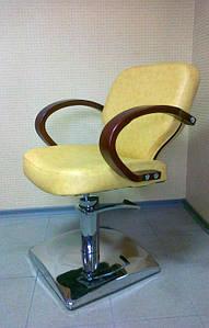 Крісло перукарське Кр012