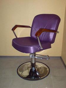 Кресло парикмахерское Кр025