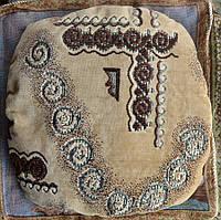 Мягкая подушка на табурет Бежевая коса