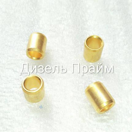 Латунная втулка ТНВД КамАЗ. Размер 10.2 мм*6.8 мм-12.4 мм 33.1110056-РН, фото 2