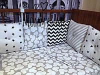 Комплект бортики - защита в кроватку на четыре стороны кроватки c пуговками