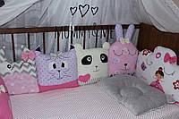 Комплект бортики - защита в кроватку на три стороны кроватки мордашки зверят+облачка