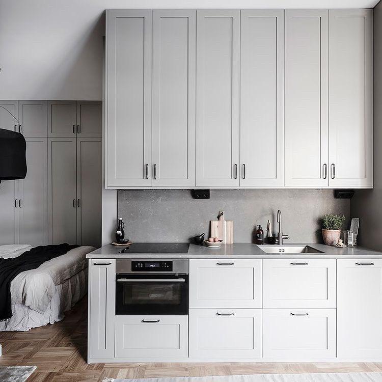 Кухня с фрезеровкой в серых тонах Новинка 2019