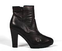 Ботинки Giorgio Armani 38.5 размер, фото 1