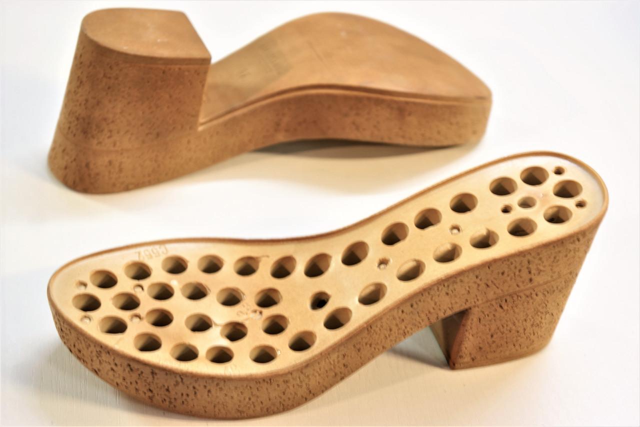 Подошва для обуви женская C 552 бежева р.41