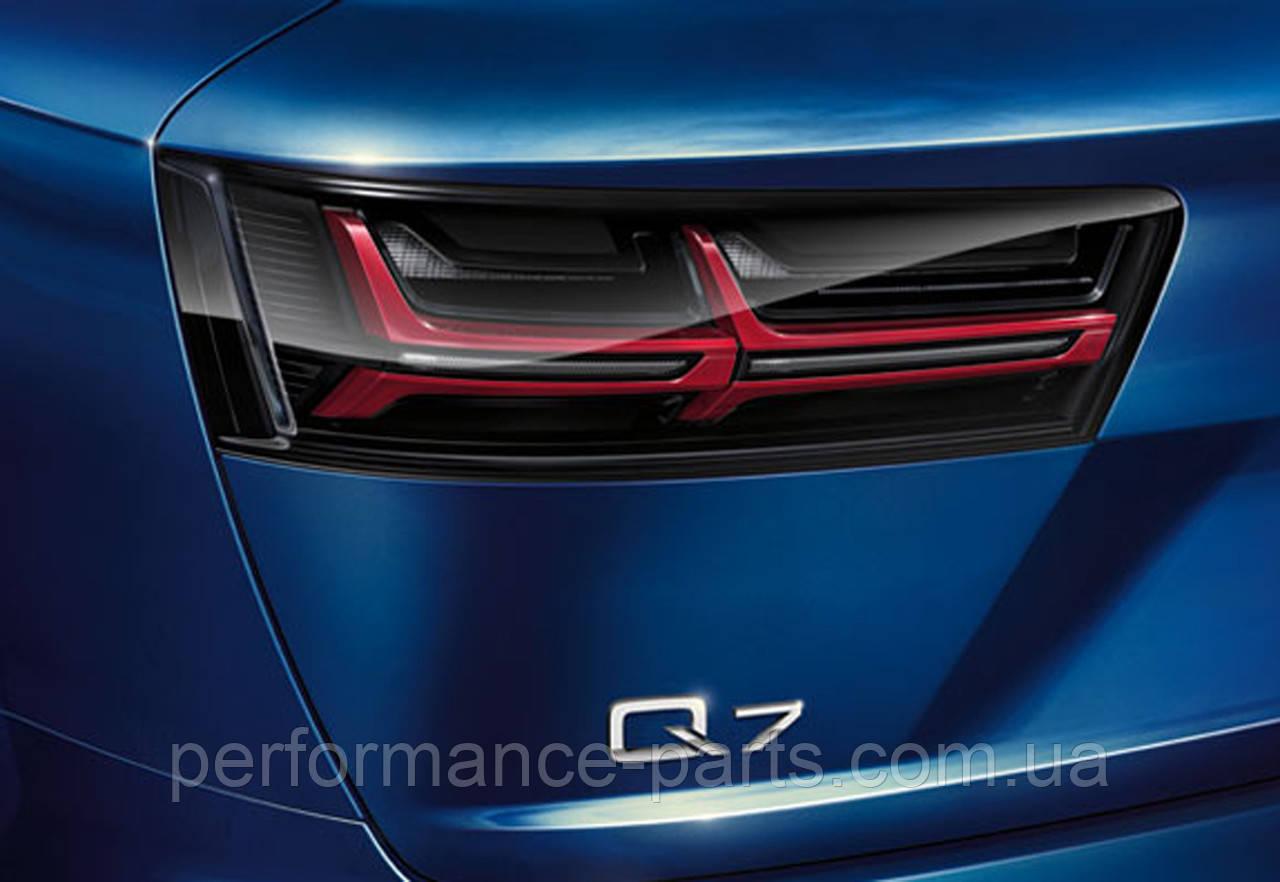 Фонари задние светодиодные Audi Q7 Blackline 4M0052100A