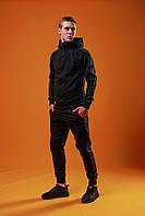 Мужской спортивный костюм весенний / осенний с лампасами черный