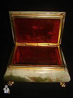Шкатулка из оникса (14х7 см.)