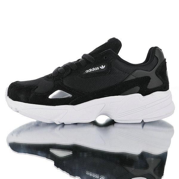 Женские кроссовки Adidas falcon black & white