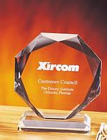 Награда стеклянная многогранник 16 см