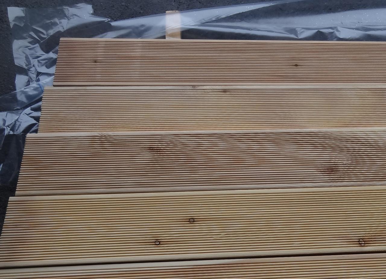Доска для террасы 27х140, СОРТ А Сибирская лиственница террасное покрытие