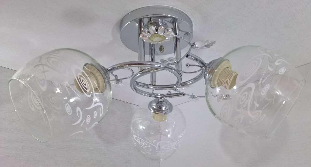 Люстра потолочная на 3 лампочки YR-2230/3-ch