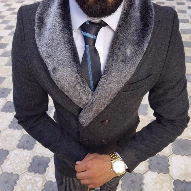Мужское серое шерстяное (70%) демисезонное пальто с съемным меховым воротником