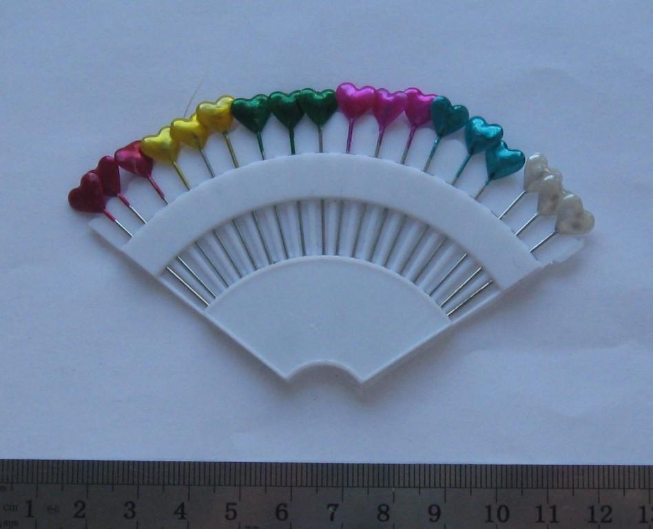 """Булавки швейные декоративные """"Сердечки"""" длина с шляпкой 5,5 см. 18 шт."""