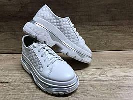 Женские туфли на платформе