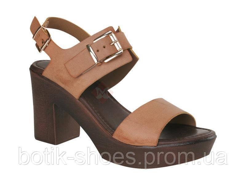 9b4a6feba Босоножки натуральные кожаные женские на каблуках Inblu SC03PN, цена 650,75  грн./пара, купить Комсомольск — Prom.ua (ID#913743030)