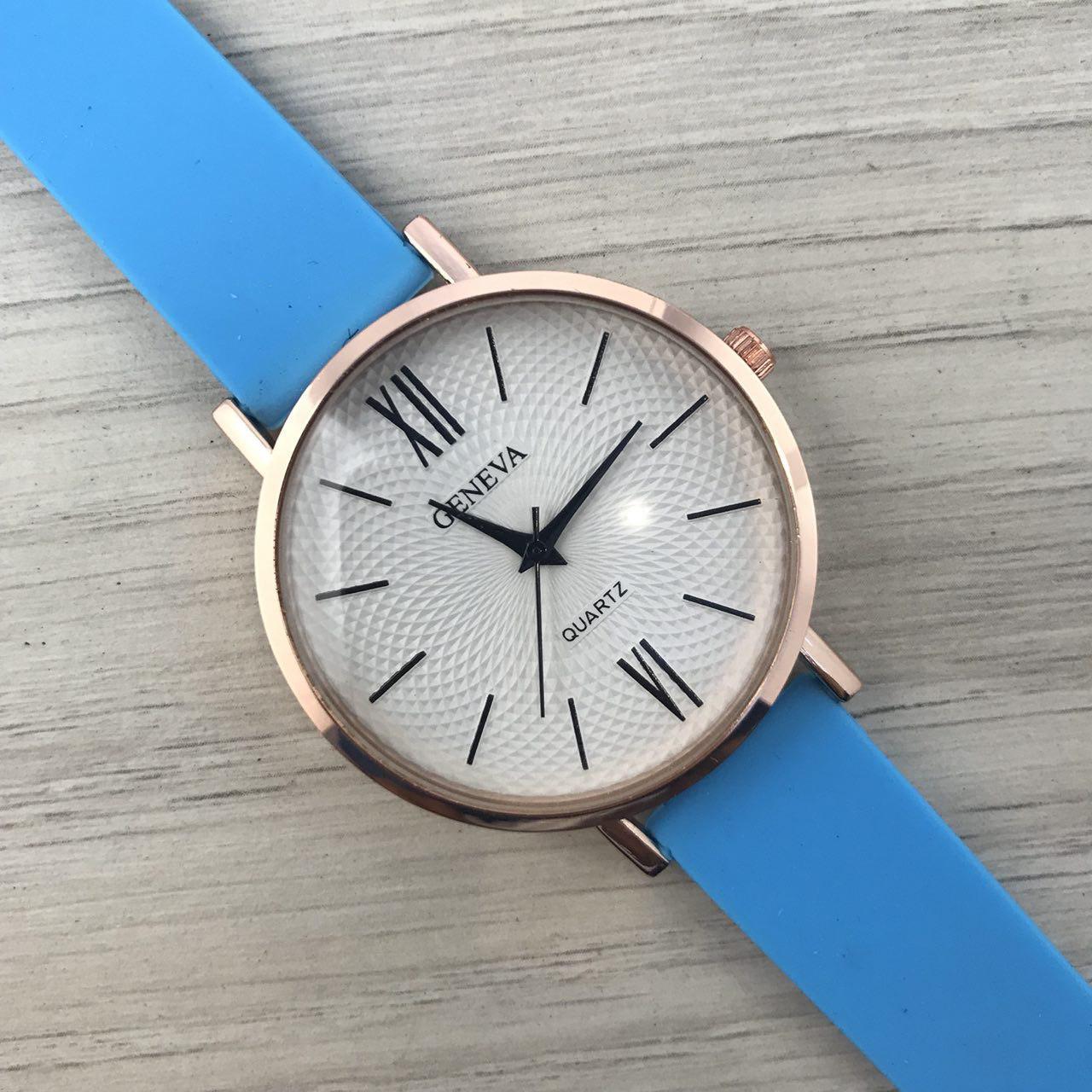 Наручные женские часы Geneva золото силикон голубой
