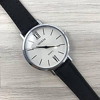 Наручные женские часы Geneva серебро с цифрами кожзам черный
