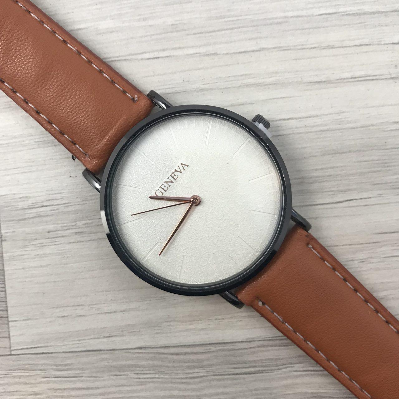 Наручные женские часы Geneva кожзам черный белый бронза коричневый