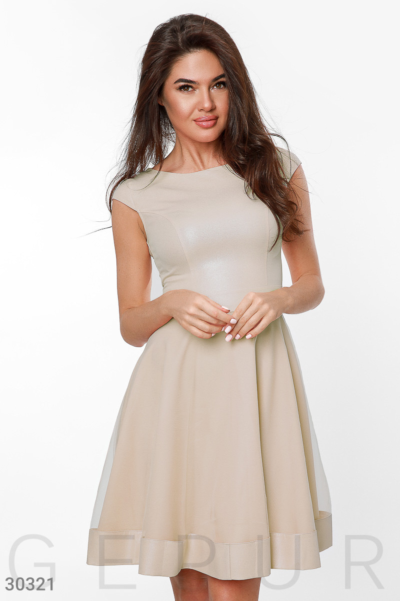 Красивое платье мини пышное с фатином рукав короткий крылышки светло кофейное