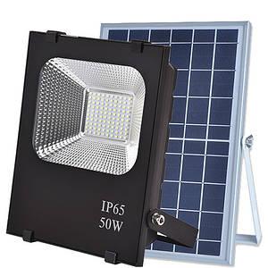 Автономний прожектор LED 50W на сонячній батареї 6000K 2100lm IP66 з пультом