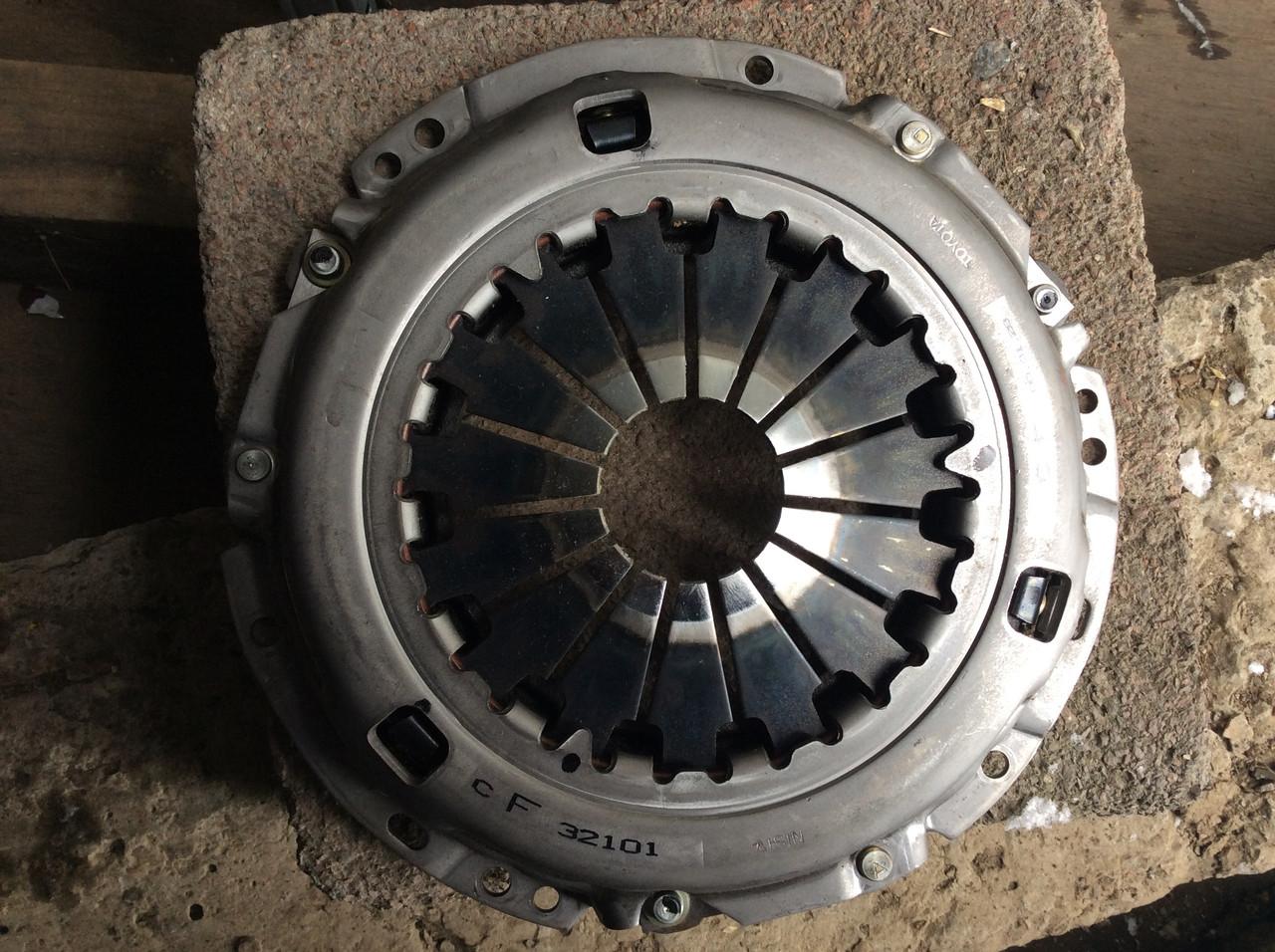 Корзина сцепления Toyota 31210-32101 Camry RAV 4