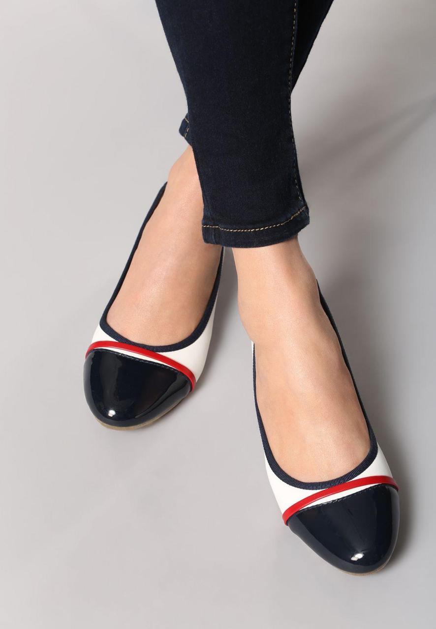 38e86a0ba29c Белые женские балетки с черным носком 39