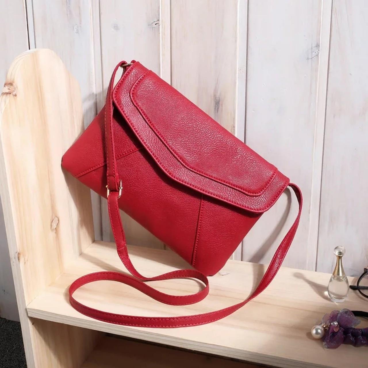 218507531679 Сумка клатч женская модная через плечо красная: продажа, цена в ...
