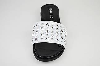 Шлепанцы белые с мелкими украшениями из метала Guero 2112, фото 3