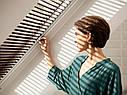Жалюзі VELUX PAL вологостійкі на направляючих для мансардних вікон жалюзи Велюкс влагостойкие, фото 2