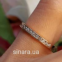 Минималистичное золотое кольцо дорожка с фианитами, фото 3