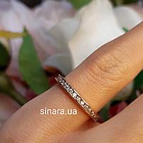 Минималистичное золотое кольцо дорожка с фианитами, фото 5