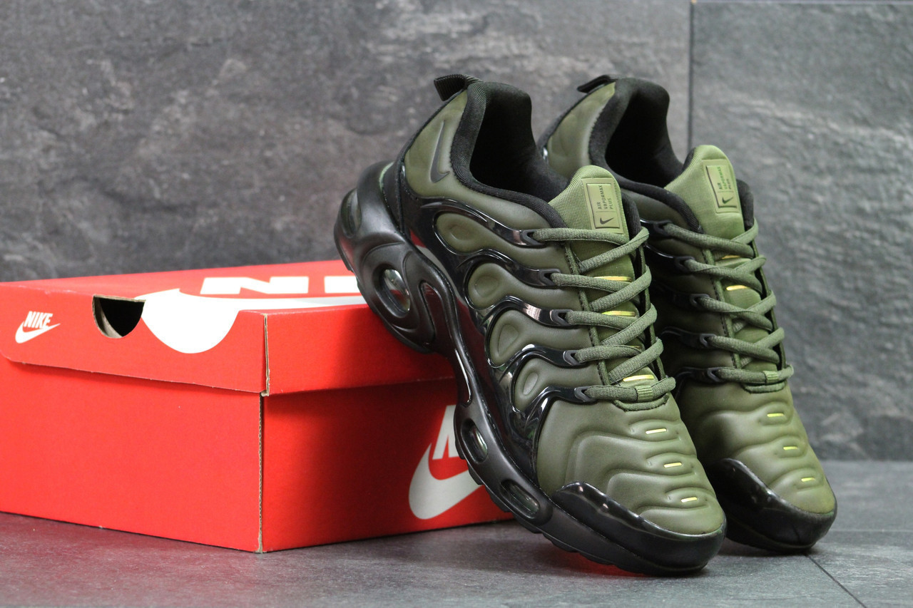 b23db1dc Мужские кроссовки Nike Air Vapormax Plus темно зеленые -  Vstrechayut_po_obuvke в Харькове
