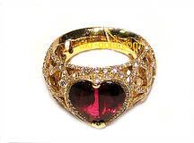 Золотое кольцо женское с рубином.