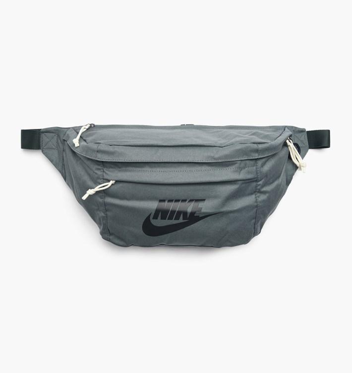 af13e190 Сумка на пояс Nike Large Tech Hip Pack BA5751-344 Оливковый (886061806023)