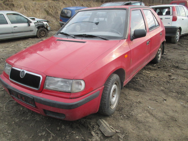 Авто под разборку Skoda Felicia 1.3