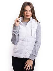 Женские медицинские куртки и жилетки