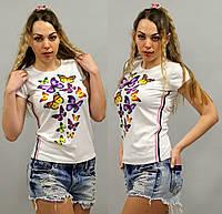 Женская стильная футболка с бабочками
