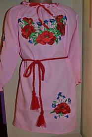 Дитяче вишите плаття-туніка від 4 до 16 років рожеве з червоними маками і волошками