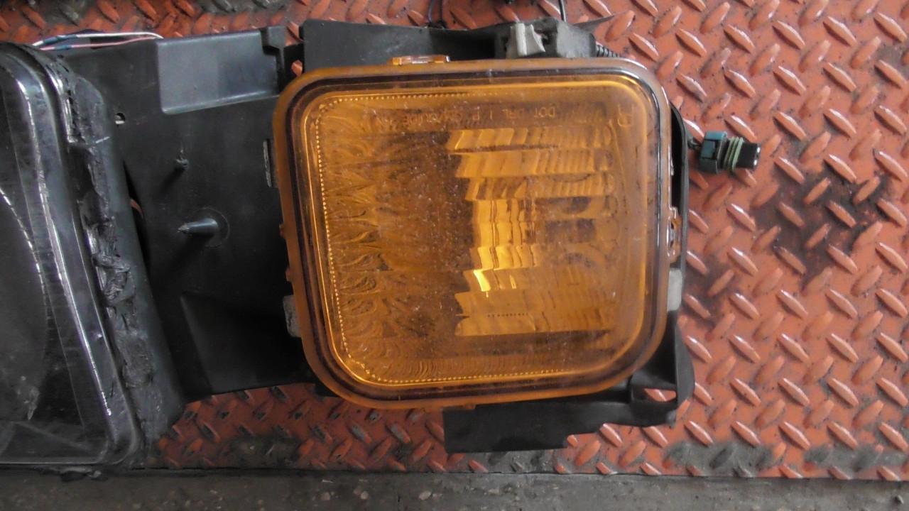 15139187 Указатель поворота правый Hummer H3.
