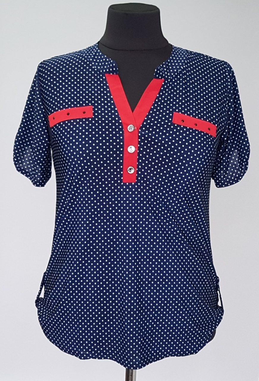 Блузка летняя синего цвета в горошек с V образным вырезом